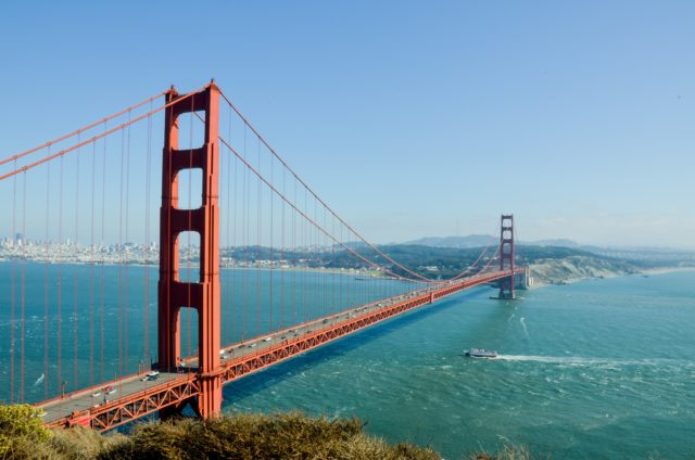 https://www.empressworldwide.in/wp-content/uploads/2019/08/america-architecture-bay-208745-640x424.jpg